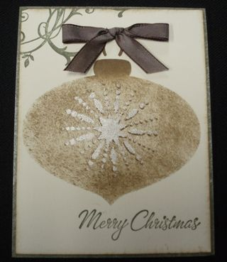 11 4 09 Vintage Ornament w Bow
